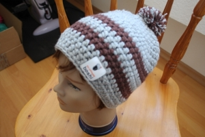 boshi Mütze mit Bommel - Handarbeit kaufen