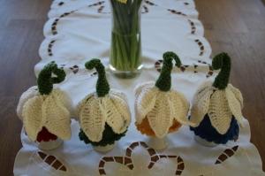 Blumen als Eierwärmer - Handarbeit kaufen