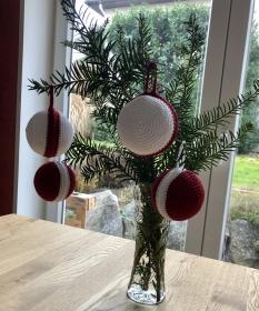 Christbaumkugeln gehäkelt schlicht und super elegant ⭐️ - Handarbeit kaufen