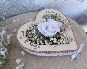 Hochzeit Ringkissen Ringhalter Herz Rose Loveliness lavendel für Eheringe mit Namen - Handarbeit kaufen
