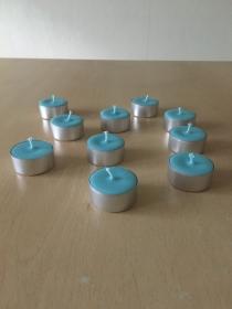 Selbst gemachte Rapswachs Teelichter Blau  Aluhülle Durchmesser 38mm und 18mm Höhe - Handarbeit kaufen