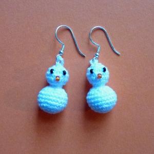 Ohrringe Schneemänner aus Baumwolle sehr fein handgehäkelt