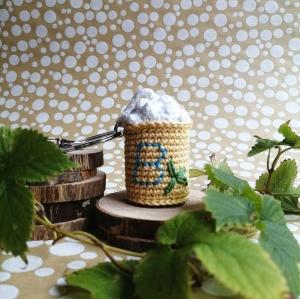 Schlüsselanhänger Taschenbaumler Bier Bierkrug Maß aus Baumwolle gehäkelt mit Buchstaben personalisierbar mit Karabiner - Handarbeit kaufen
