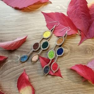 Ohrringe mit Blättern so bunt wie das Herbstlaub aus Baumwolle gehäkelt