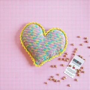Herz Kirschkernkissen Wärmekissen Tränchentrockner personalisierbar handgehäkelt - Handarbeit kaufen