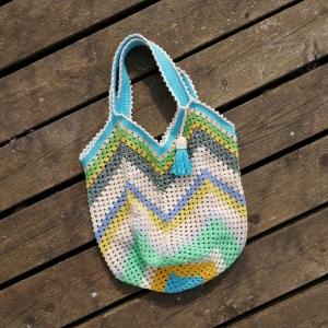 Grannysquare-Häkeltasche Markttasche Shopper aus Baumwolle mit Zick-Zack-Muster und hübscher Quaste für den Sommerlook