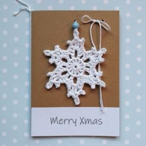 Weihnachtsgrußkarte mit gehäkeltem Eiskristall Schneeflocke Weihnachtsstern mit Wunschtext - Handarbeit kaufen