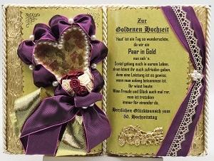 Deko-Buch zur Goldenen Hochzeit mit Holzbuchständer