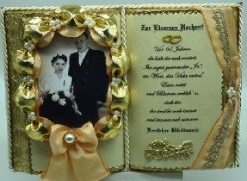 Eiserne Hochzeit -65-jähriges Ehejubiläum- Dekobuch für Foto (mit Holz-Buchständer),