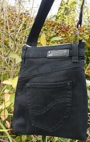✂ Praktische Bauchtasche, Gürteltasche, eine edele Tasche aus einer recycelten Jeans für viele Gelegenheiten. - Handarbeit kaufen