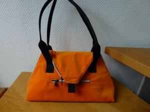 ✂Umhängetasche mit samtigen Verlour  in orange ✂ SeaShell ✂ nach einem Taschenspieler Schnitt von farbenmix✂ - Handarbeit kaufen