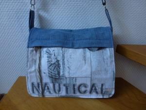 ✂Umhängetasche aus recycelter Jeans ✂ CityStyle ✂ nach einem Taschenspieler Schnitt von farbenmix✂  - Handarbeit kaufen