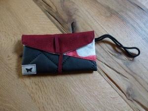 ♥ Kleine Handytasche aus Stoff und Kunstleder ♥ schwarz, rot, grau/beige mit roten Seesternen im Futter ♥   - Handarbeit kaufen