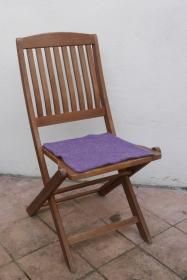 Sitzauflage aus Alpaka-/Schafwolle Mischung Strickfilz lila - Handarbeit kaufen