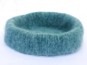 Katzenkorb/Katzenbett aus langfloriger Schafwolle Strickfilz blau-meliert, waschbar - Handarbeit kaufen