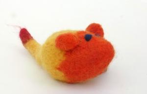 Katzenspielmaus Katzenspielzeug aus Strickfilz mit Rassel, robust, waschbar Farbe gelb/orange - Handarbeit kaufen