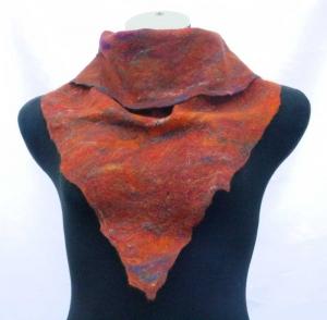 Filzschal Dreieckschal Merinowolle, Mohaierwolle und Seide handgemacht herbstfarben - Handarbeit kaufen