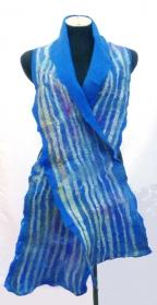 Filzschal Merinowolle mit Seidenstreifen, handgemacht blau - Handarbeit kaufen