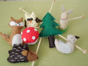 MOBILE - Tiere - Wald - Hase - Fuchs - Eule - Igel - Vogel  -Babymobile - Handarbeit kaufen