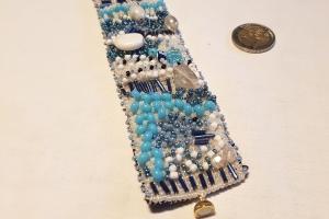 Perlenarmband Adria-Traum in den Farbtönen blau und weiß - Handarbeit kaufen
