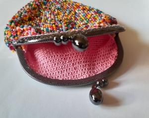 Perlenbeutel Bunter Mix mit Taschenbügel und Griffen - Handarbeit kaufen