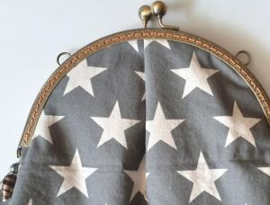 Traum Midi-Tasche mit Sternen - hochwertiger Taschen-Bügel mit 2 massiven Kugelgriffen - Handarbeit kaufen