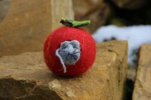 Apfelmäuschen, gefilzter Apfel mit gefilztem Mäuschen - Handarbeit kaufen
