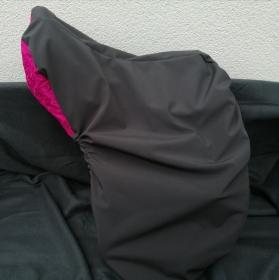 Sattelschoner grau/pink, wasserabweisend mit passenden Steigbügelhüllen und individuell bestickbar!!! - Handarbeit kaufen