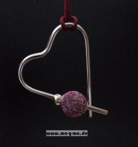 Designer - Anhänger Herz mit Lederband und wechselbaren Perlen