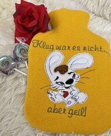 Wärmflasche 1Liter mit Bezug mit Applikation für Kinder und Erwachsene mit coolen Hasen und Spruch Wärmflaschenbezug - Handarbeit kaufen