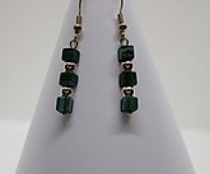 Ohrringe aus vergoldeten Hämatit Perlen und grün/schwarzen Naturstein Perlen kaufen - Handarbeit kaufen