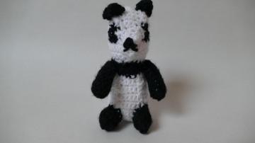 Gehäkelter Panda für Kinder zum Kuscheln und Spielen ♥