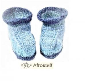 Babysöckchen / Babyschühchen gestrickte Babyschuhe, Wollsocken/ Stricksocken/ Babyschuhe 0-3 Monate