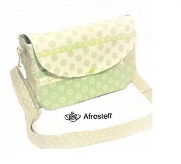 Tasche mit liebevollen Details/ Umhängetasche/ Schultertasche/ Freizeittasche/ Handtasche/Damentasche
