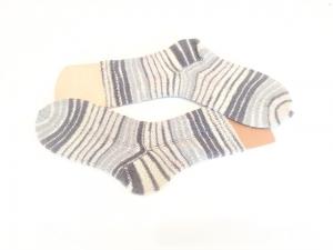 Handgestrickte Herren Socken Gr. 42/43 grau gestreift/ Handgestrickte Socken /Wollsocken/ Stricksocken/ gestrickt Kuschelsocken