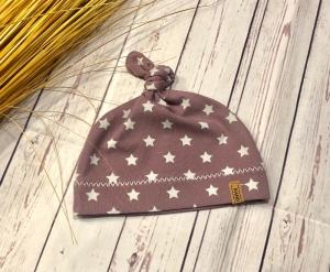 Knotenmütze Baby pflaume Sterne weiß KU 32-52, Babymütze Sterne, Frühchen Mütze - Handarbeit kaufen