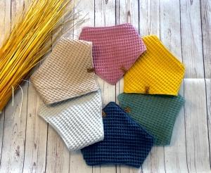 Halstuch Waffelpique Baby, verschiedene Farben, größenverstellbar zu schließen, Sabbertuch, Spucktuch, Lätzchen