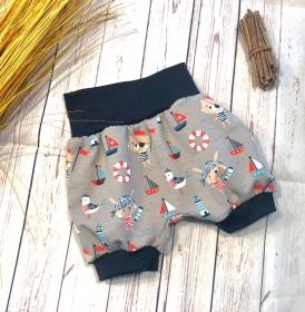 Kurze Pumphose Gr. 110/116 kleiner Strandpirat beige blau, Maritime kurze Hose, Sommerhose, Shorts Jungen - Handarbeit kaufen