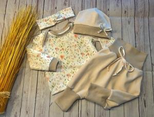 Set Baby Pumphose Jacquard, Mütze und Langarmshirt Gr. 62/68, Sommerblumen Pastell, Bio, Pumphose Baby Pullover handmade - Handarbeit kaufen