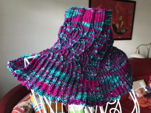 Halsschmeichler Neck Warmer ☀Heilerin☀ aus handgefärbter Wolle - Handarbeit kaufen