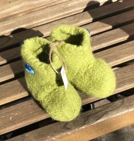 Handgestrickte Filzpuschen für Jungs und Deerns Gr. 22 - Handarbeit kaufen