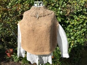 Kuscheliger Poncho aus Wollgemisch - Handarbeit kaufen