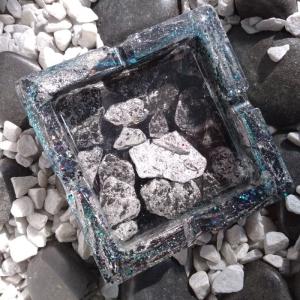 Dekorativer Aschenbecher aus Resin/Epoxidharz Schiefer silber - Handarbeit kaufen