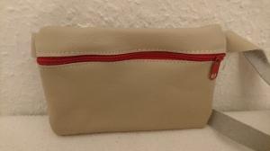 Gürteltasche aus Leder für ein Handy in beige (Größe S) - Handarbeit kaufen