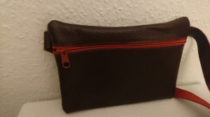 Gürteltasche aus Leder für ein Handy in rotbraun (Größe L)  - Handarbeit kaufen