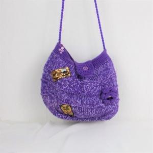 gestrickte Handtasche in lila mit Blüte und Pailletten Eule, Umhängetasche - Handarbeit kaufen