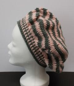 Mütze, Beanie, Damenmütze, Mütze gehäkelt, Strickmütze, Baskenmütze, rosa-grau - Handarbeit kaufen