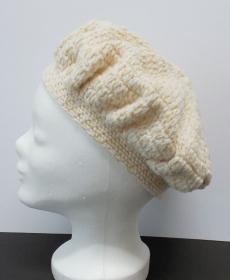 Mütze, Damenmütze, Mütze gehäkelt, Strickmütze, Mützen, Baskenmütze, beige - Handarbeit kaufen