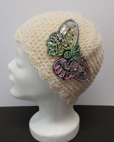 Häkelmütze, Mützen, Mütze, Schmetterling, Paillettenmotiv - Handarbeit kaufen