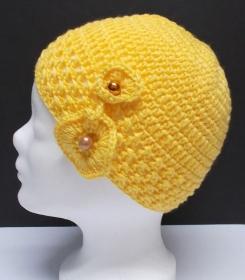 Mütze, modern, Handarbeit, gelb, mit Häkelblüte, Damenmütze, Mützen - Handarbeit kaufen